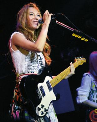 Scandal's Haruna Ono
