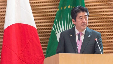 Abe Delays Tax Hike, Calls Snap Election
