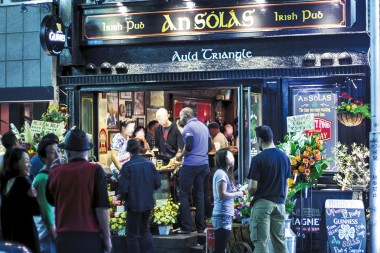 An Sólás Irish Bar
