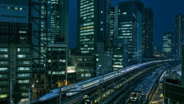 Shiodome Train Race