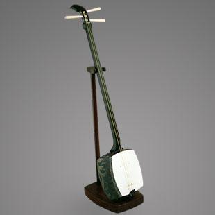 Three-stringed Instrument