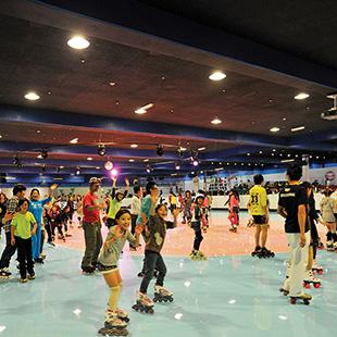 Tokyo Dome Roller X Skate Arena