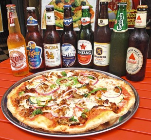 1059-PIZZA_BEER_SP_Hofmans-Pizza-e1404785070658