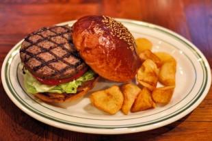 1097-burger-sp-brooklyn-pancake-house