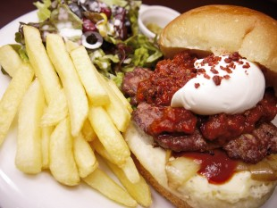 1097-burger-sp-diner-swing