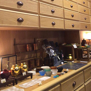 HIkidashi Cafe's drawers