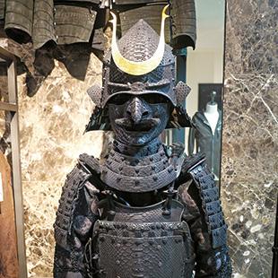 J.S.Art's urban samurai look