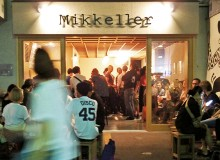 Vibrant entrance to Mikkeller