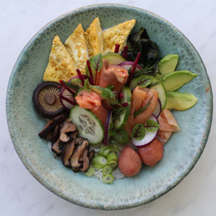 Chirashi-zushi (Photo by Jessica Thompson)