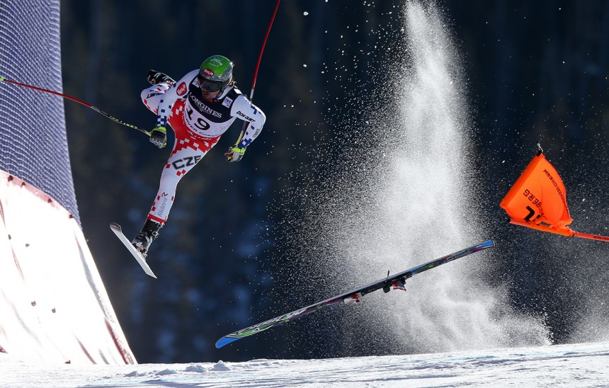 BEAVER CREEK,COLORADO,USA,08.FEB.15 - ALPINE SKIING - FIS Alpine World Ski Championships, Birds of Prey, Alpine combined, downhill, men. Image shows Ondrej Bank (CZE). Ondrej Bank (CZE) crashed during the downhill race of the alpine combined at the FIS World Champioships 2015 in Beaver Creek. Keywords: crash. Photo: GEPA pictures/ Christian Walgram