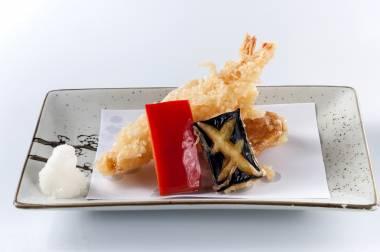 art Japanese plating meal dishware cuisine servingware