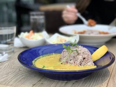 Yoyogi Curry, Yoyogi Village, Tokyo - Kotatsu Dining, Butter Curry - Review by Mandy Lynn