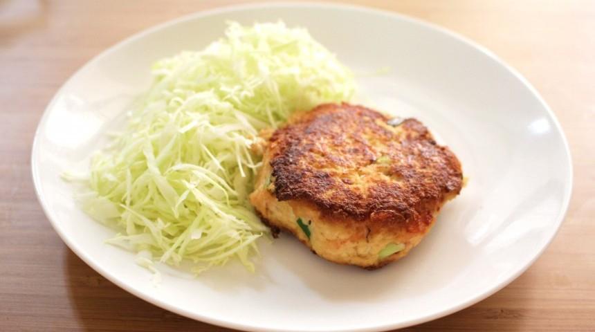 Edamame & Sakura Ebi Tofu Burger