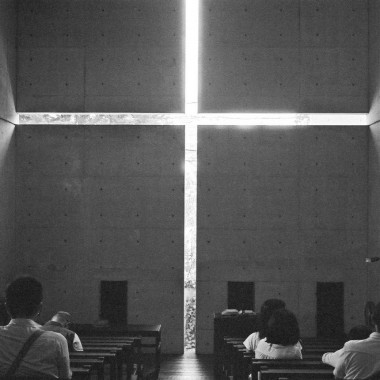Church of Light, Osaka. PC: flickr/focusc