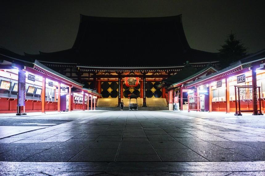 shrine empty stalls WEB