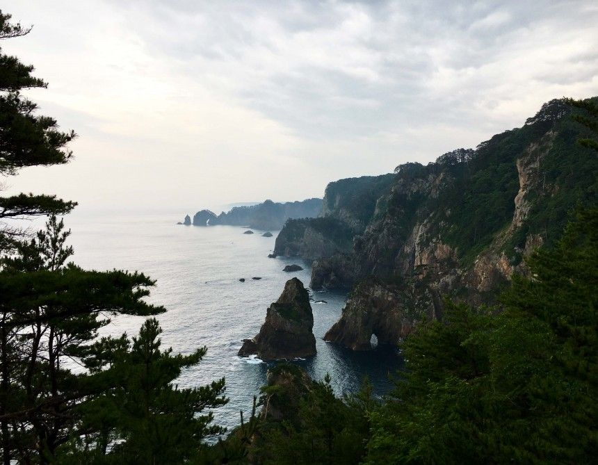 tohoku cliff WEB