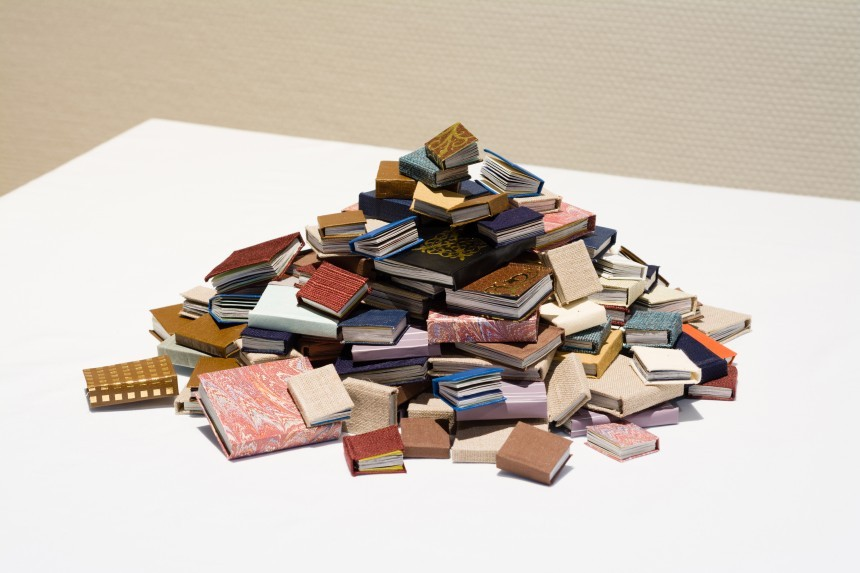 Decoration never dies Akiko & Masako Takada, A Pile of Miniature Books