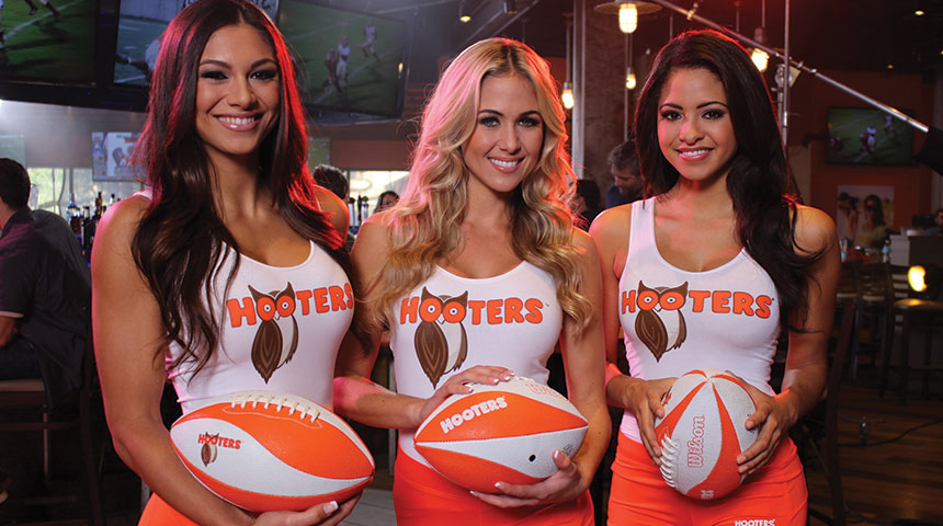 Super Bowl Viewing Party at HOOTERS