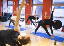 Gold's Gym Free Yoga Exercise Classes