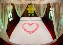 love hotels bed Valentines Day Japan