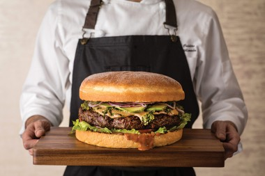 The-Oak-Door-Burger