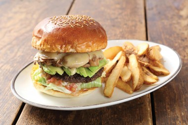 arms-burger