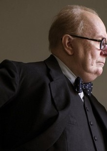 Darkest Hour movie review Gay Oldman Tokyo oscar