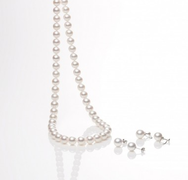 Tokyo Pearl necklace