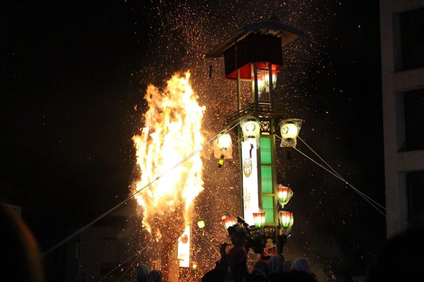 Noto Abare Kiriko lantern