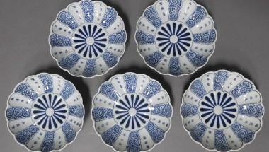 Flower and Plant Designs in Imari Ware