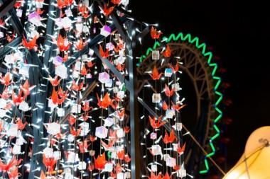 Christmas 2018 Illumination Japanese Style tsuru amusement park Tokyo Dome