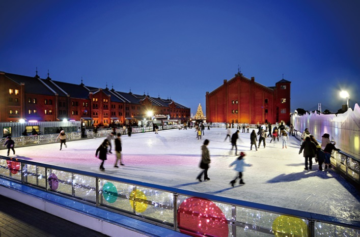 Tokyo Midtown Ice Rink in Roppongi Iceskating winter sports activities