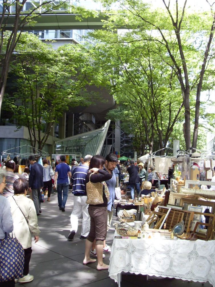 Oedo Antique market bazaar shopping second hand recycle upcycle