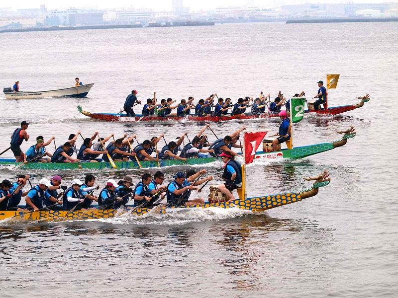 Yokohama Dragon Boat race Yamashita Park events metropolis japan