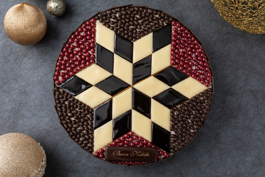 BTQ-Christmas-Cake-Morocco-lantern-1400-min