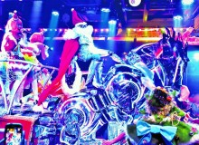 Robot Restaurant christmas show holidays new years kabukicho shinjuku