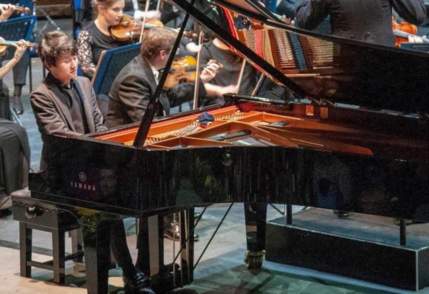 Koido-Fumiya-piano