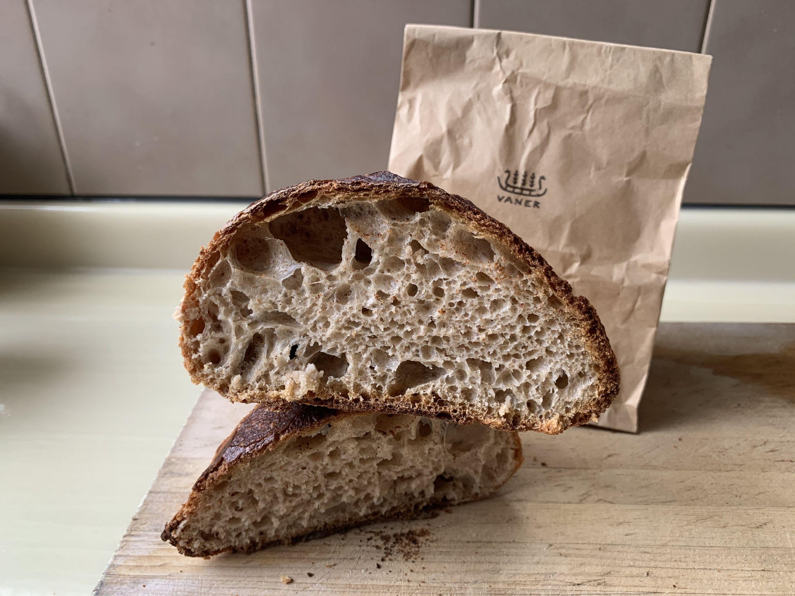 A Guide to the Best Sourdough in Tokyo Vaner bakery ueno sakuragi