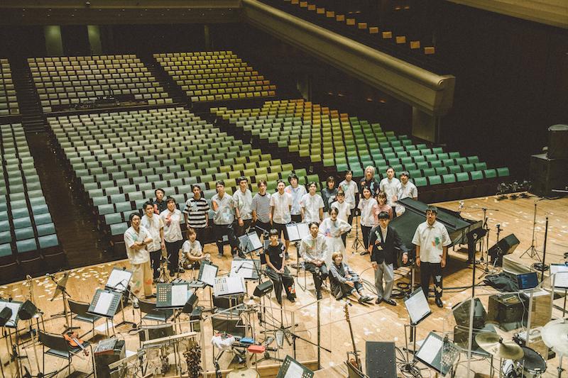 An image of the Shuta Hasunuma orchestra.