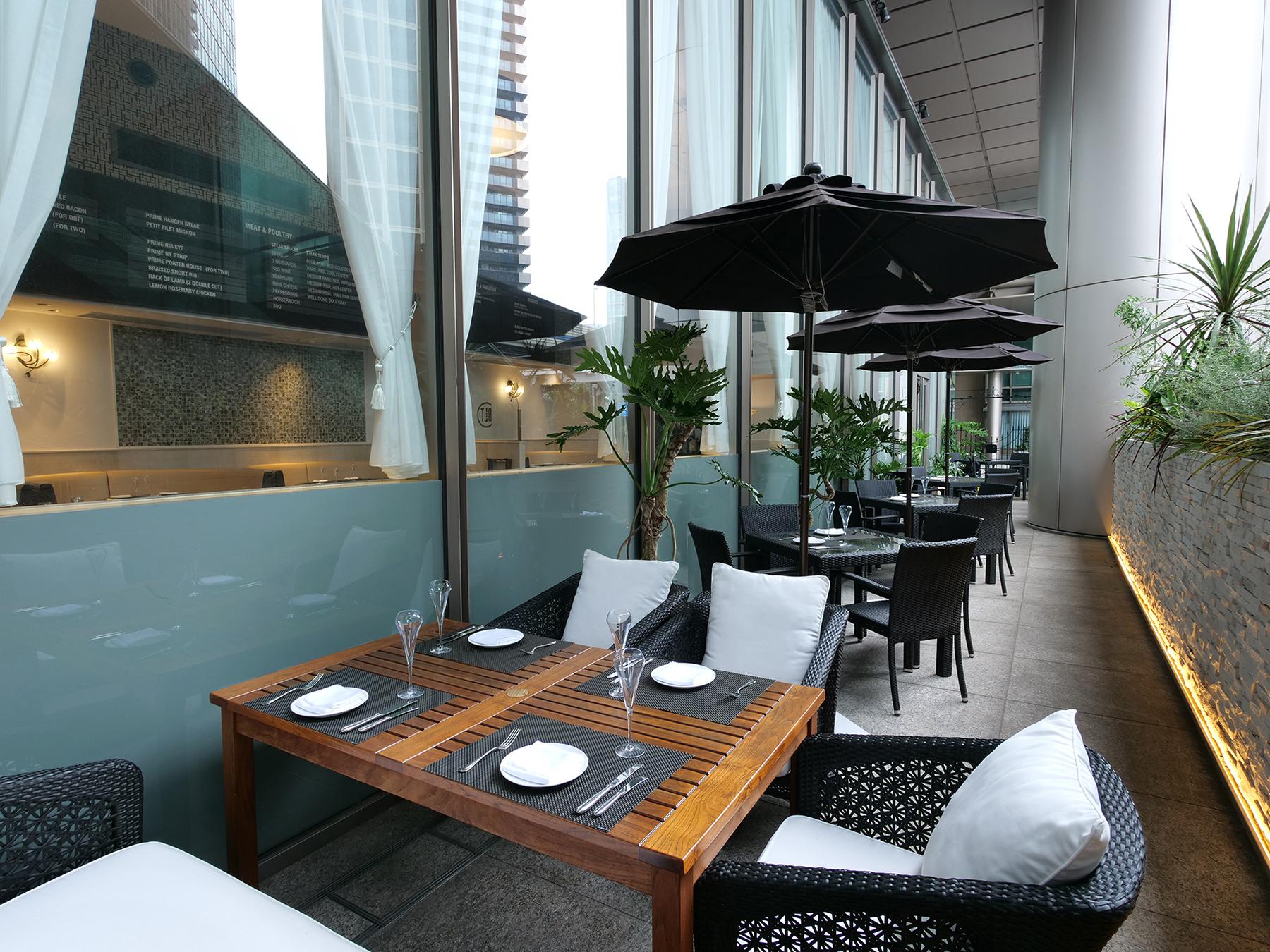 BLT Steak Tokyo Outdoor Seating