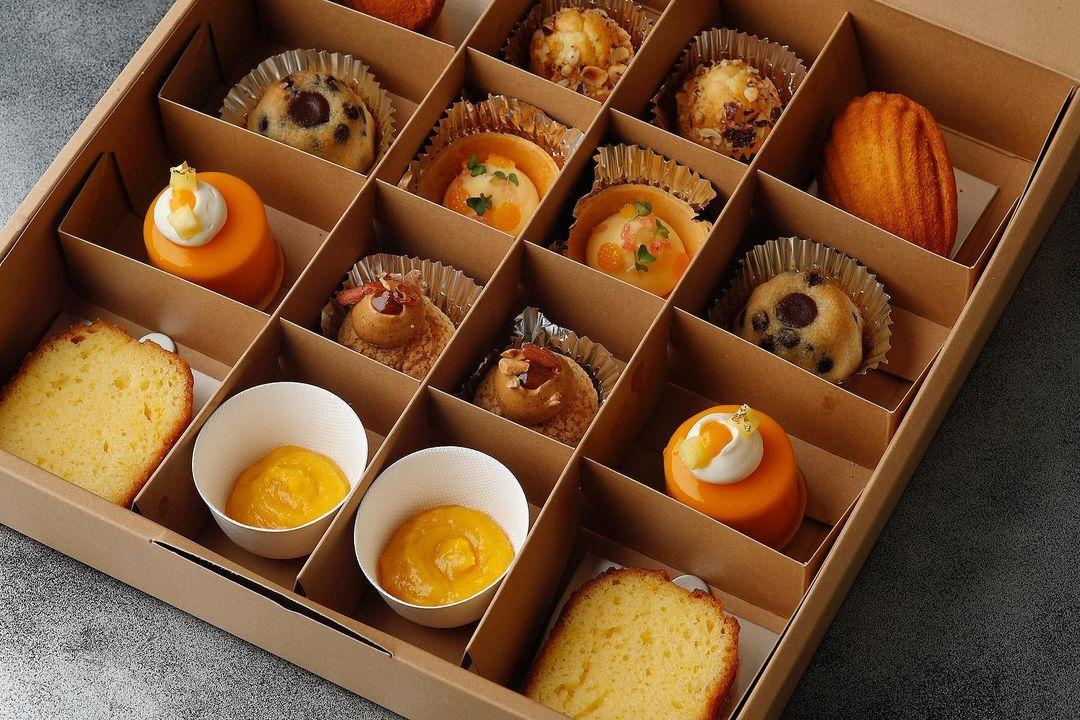 afternoon tea Esterre Marunouchi restaurant michelin takeout tokyo