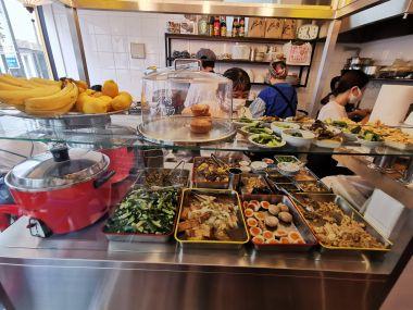 bravest restaurants - Oshikuramanju